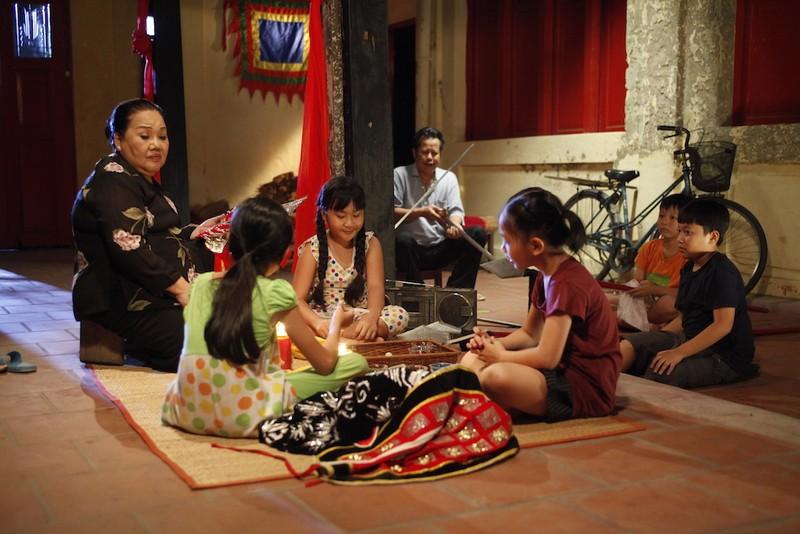 Những chuyện tình dễ chịu giữa Sài Gòn - ảnh 1