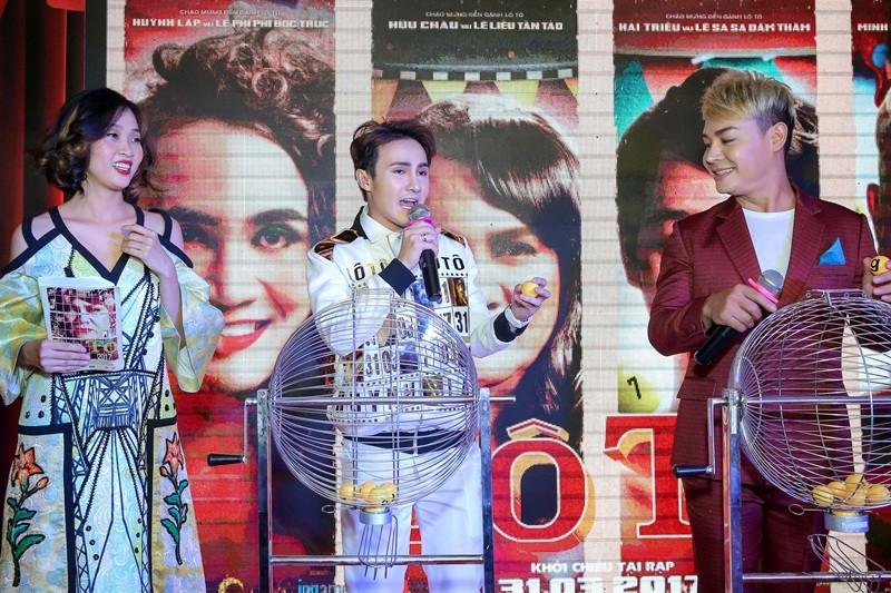 Sao Việt nô nức chúc mừng dàn diễn viên phim Lô tô - ảnh 11