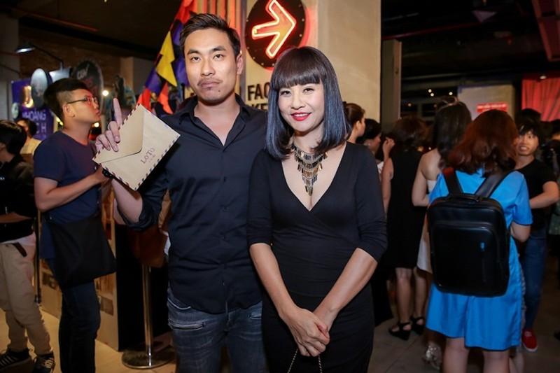 Sao Việt nô nức chúc mừng dàn diễn viên phim Lô tô - ảnh 6