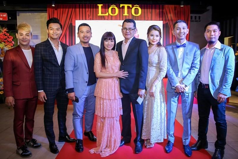 Sao Việt nô nức chúc mừng dàn diễn viên phim Lô tô - ảnh 3