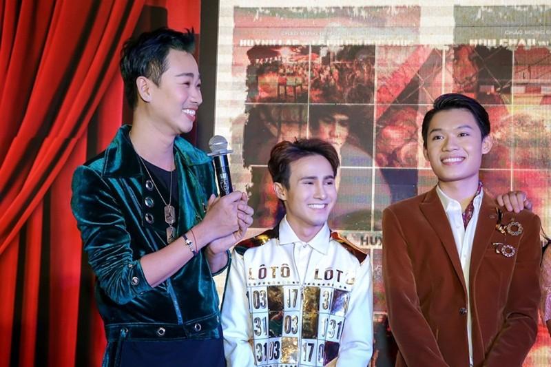 Sao Việt nô nức chúc mừng dàn diễn viên phim Lô tô - ảnh 2