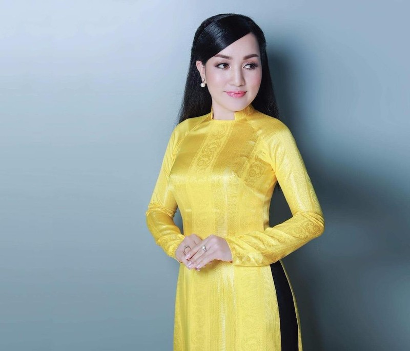 Vốn thành danh với dòng bolero nhưng Hà Vân gần như là giọng ca riêng với các sáng tác của nhạc sĩ Minh Đức
