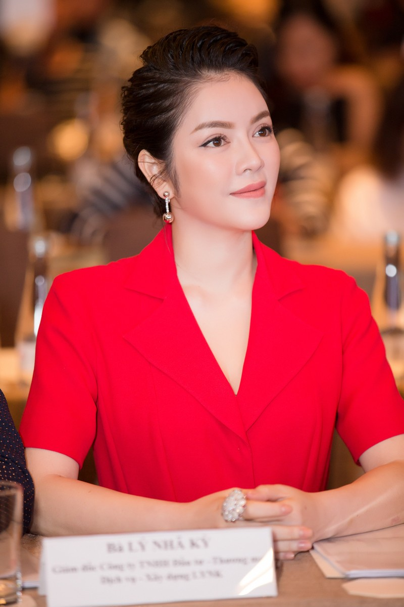 Lý Nhã Kỳ chi 25 tỉ quảng bá Việt Nam ở LHP Cannes - ảnh 3