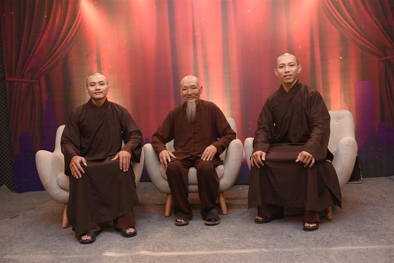 2 sư thầy 'triệu view'  không thuộc Giáo hội Phật giáo - ảnh 1