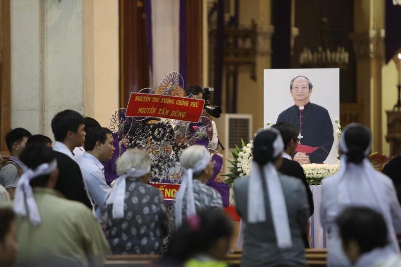 Phó Thủ tướng Trương Hòa Bình viếng lễ tang Đức Tổng - ảnh 3