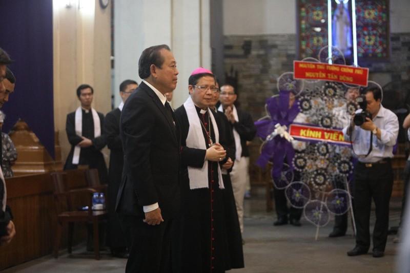 Phó Thủ tướng Trương Hòa Bình viếng lễ tang Đức Tổng - ảnh 1