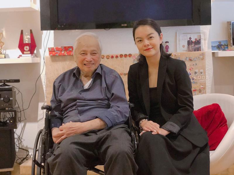 Ca sĩ Phạm Quỳnh Anh sang Mỹ gặp nhạc sĩ Lam Phương - ảnh 3