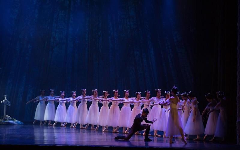 Giao rạp Hào Huê - Nhân Dân cho Nhà hát Giao hưởng - ảnh 2