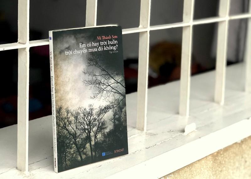 Tặng sách 'Em có hay trời buồn trời chuyển mưa đó không?' - ảnh 2