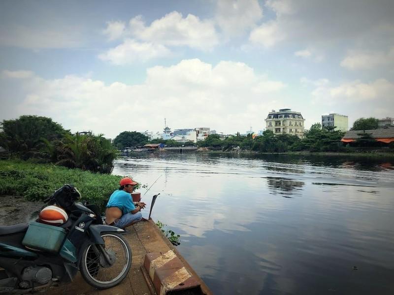 Từ giã đò ngang, những chuyến phà cũng dần xa Sài Gòn - ảnh 1