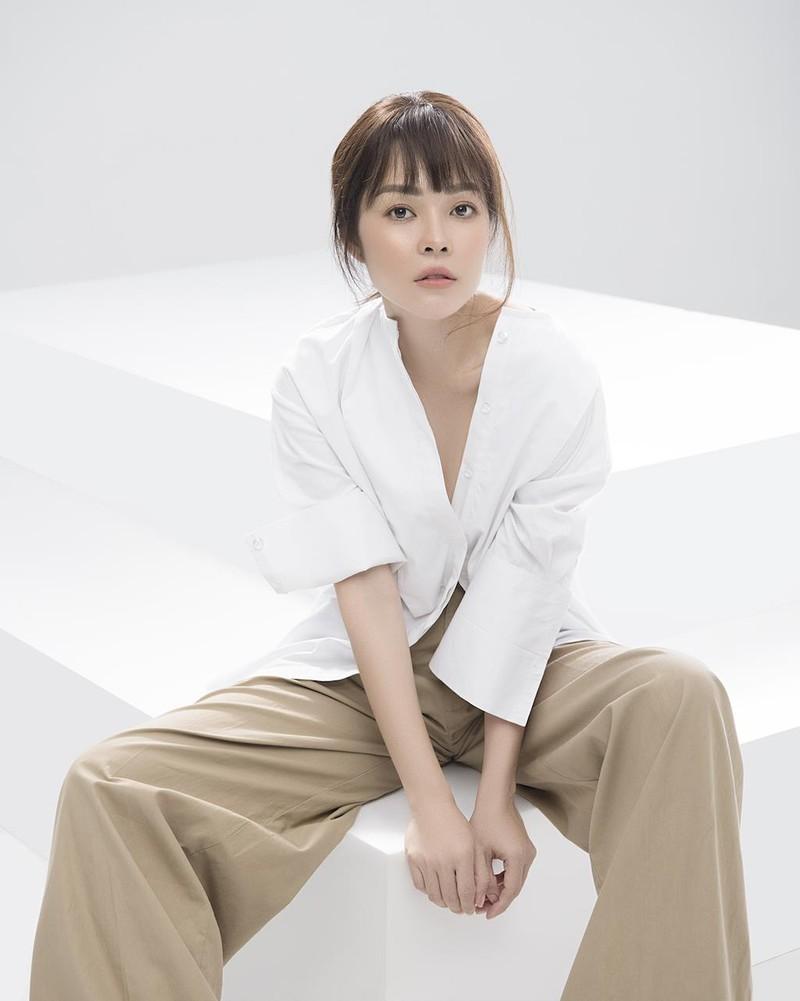 Dương Cẩm Lynh trở lại trẻ trung sau thời gian sinh con - ảnh 2