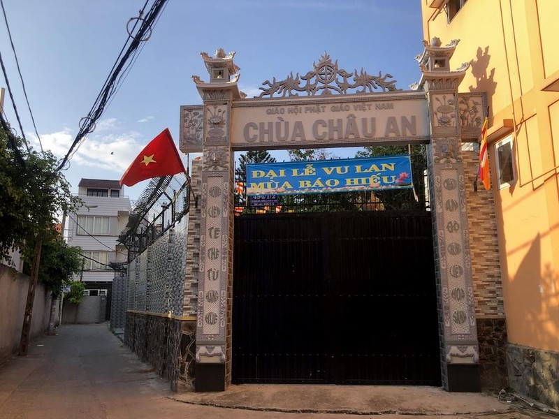 'Hẻm Phật' giữa lòng Sài Gòn - ảnh 3