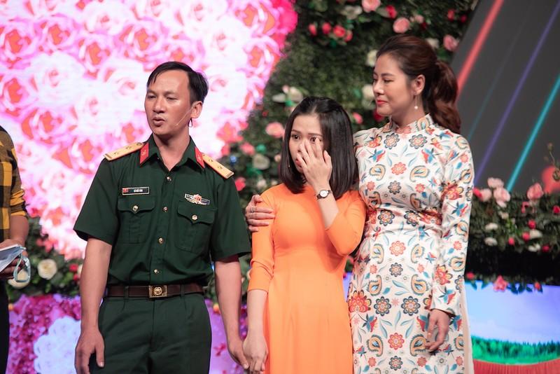 Quyền Linh rơi nước mắt, Nam Thư rời 'Bạn muốn hẹn hò' - ảnh 1