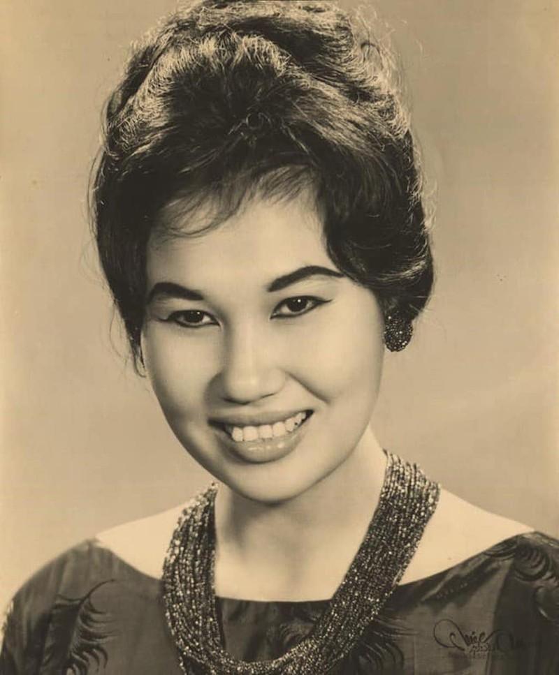 Nữ danh ca Thái Thanh, tiếng hát của quê hương đã qua đời - ảnh 4