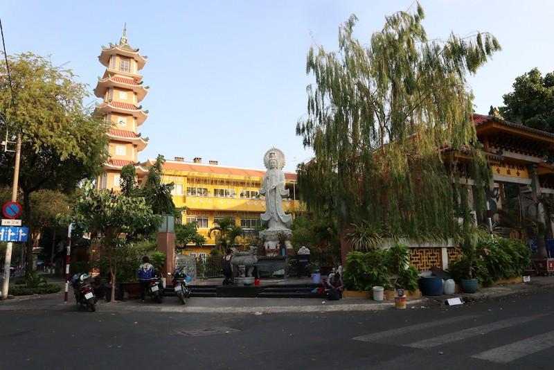 Công giáo, Phật giáo tại TP.HCM dừng lễ tập trung dịp Tết - ảnh 2