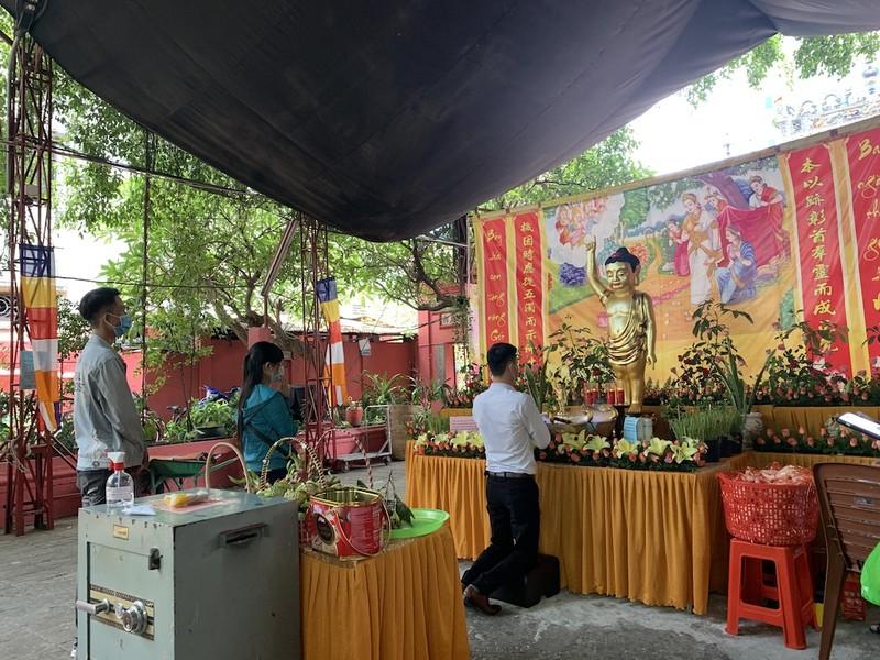 Đại lễ Phật đản trực tuyến trong mùa dịch COVID-19 - ảnh 1