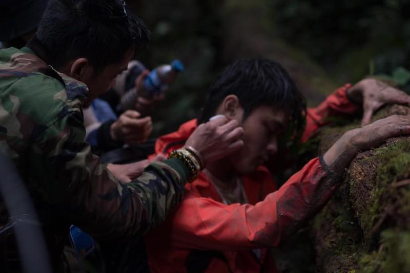 NSƯT Hữu Châu lần đầu tiên đóng phim về trekking - ảnh 4