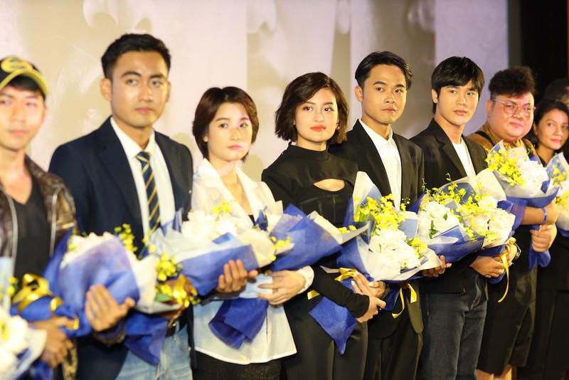 NSƯT Hữu Châu lần đầu tiên đóng phim về trekking - ảnh 7