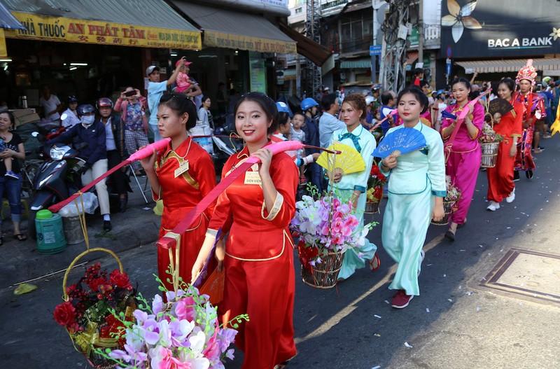 Rộn ràng lễ đón nhận di sản Tết Nguyên tiêu người Hoa quận 5 - ảnh 5