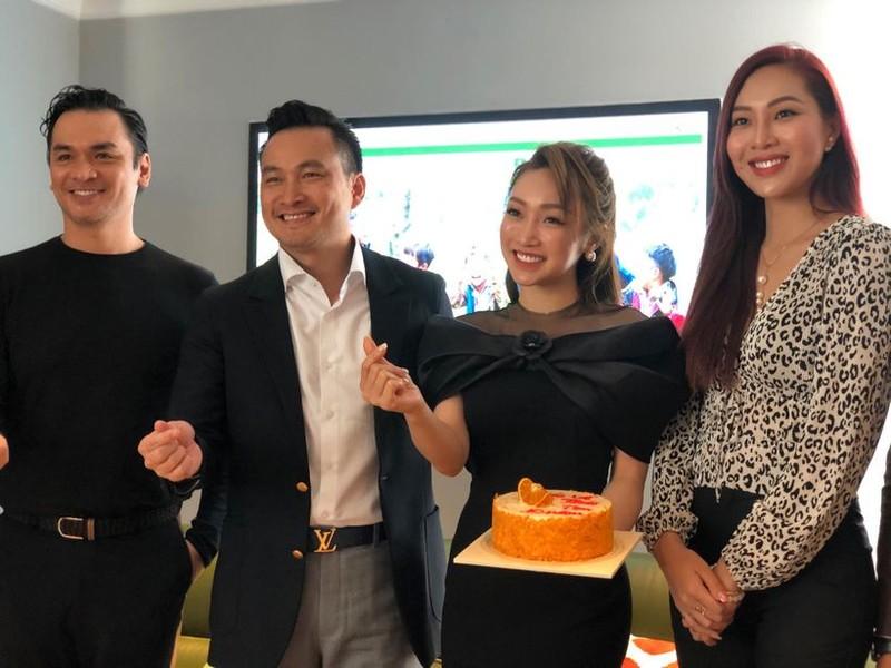 Diễn viên Chi Bảo công bố hoạt động Chợ Tình trên mạng xã hội - ảnh 1
