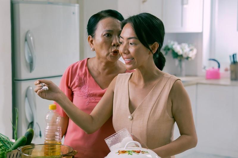 Bị kẻ thù bao vây, Thu Trang bất ngờ 'bật' lại - ảnh 3