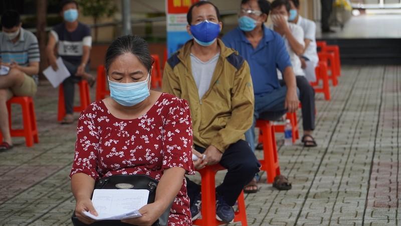 TP.HCM tiêm 5 triệu liều vaccine trong tháng 8, không giới hạn đối tượng - ảnh 1