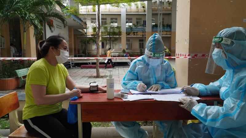 TP.HCM tiêm 5 triệu liều vaccine trong tháng 8, không giới hạn đối tượng - ảnh 2