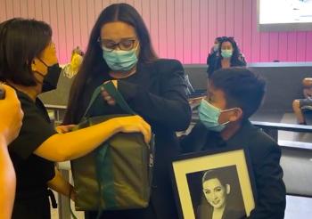 Con gái đón tro cốt ca sĩ Phi Nhung và tiếp tục làm thiện nguyện thay mẹ - ảnh 2
