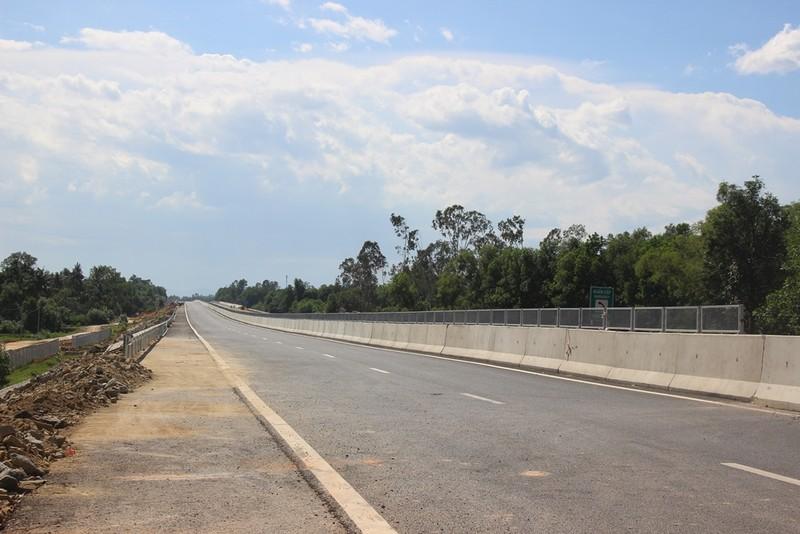 Cao tốc Đà Nẵng-Quảng Ngãi chậm tiến độ: Xử nghiêm chủ đầu tư - ảnh 1