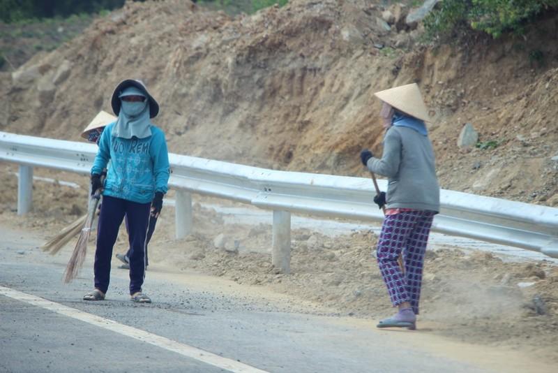 Cao tốc Đà Nẵng-Quảng Ngãi trước giờ thông xe toàn tuyến - ảnh 6