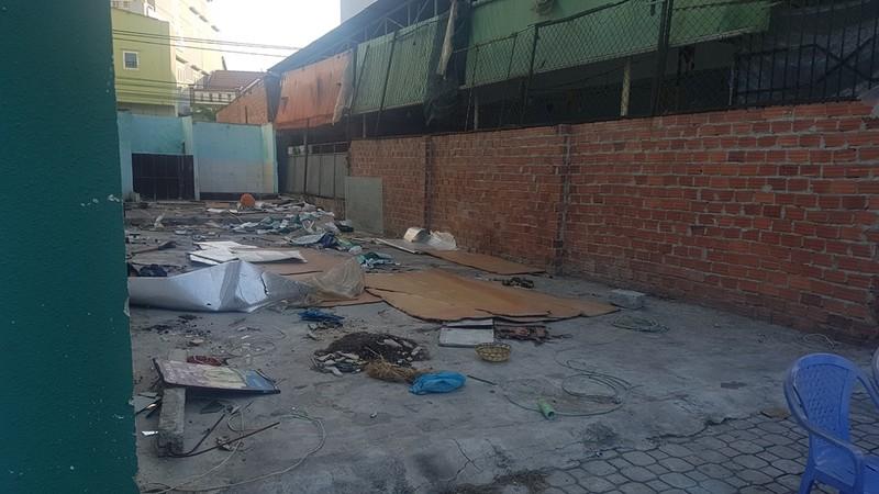 Đà Nẵng: Tháo dỡ quán nhậu xây lén trên đất người khác - ảnh 1