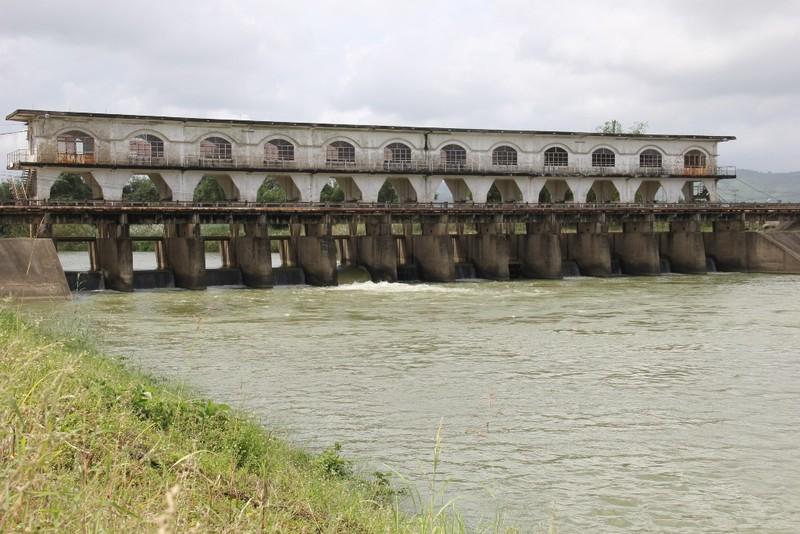 Lo hạn hán, Đà Nẵng đề nghị 4 thủy điện dừng phát điện - ảnh 2