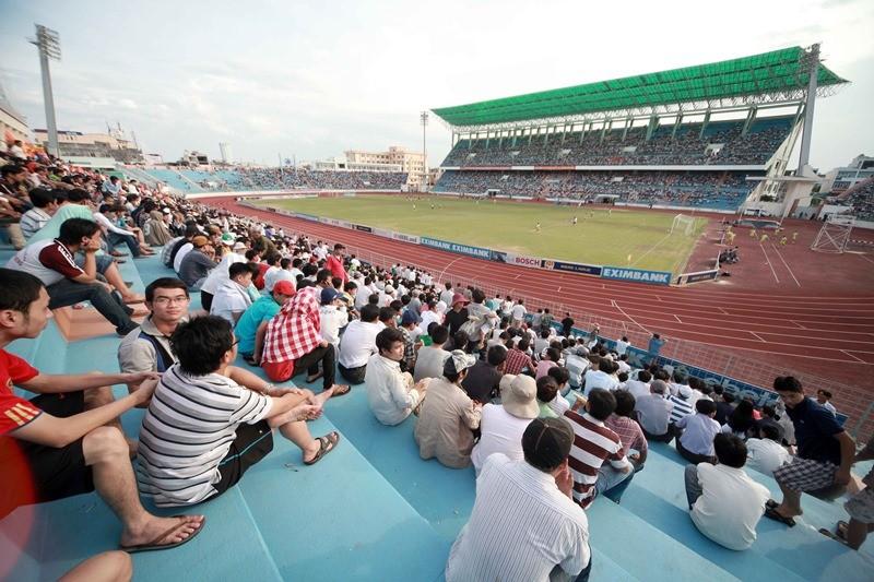 Sân Chi Lăng hoang phế sau 8 năm bán cho Phạm Công Danh - ảnh 1