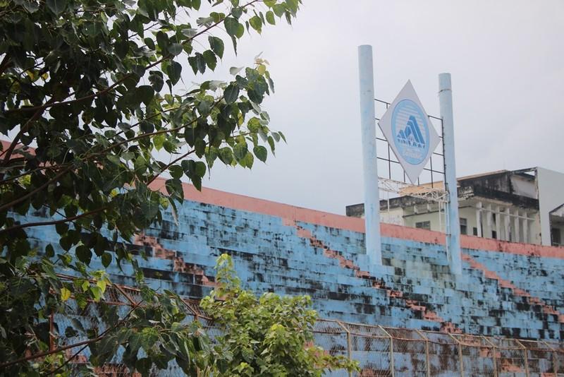 Sân Chi Lăng hoang phế sau 8 năm bán cho Phạm Công Danh - ảnh 4