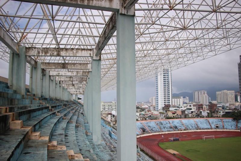 Sân Chi Lăng hoang phế sau 8 năm bán cho Phạm Công Danh - ảnh 13