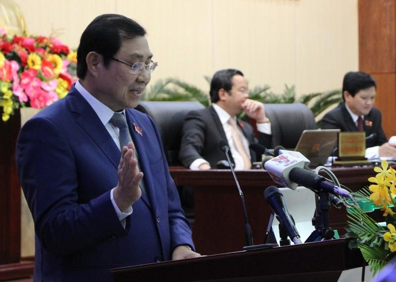 Chủ tịch Đà Nẵng: Chúng tôi phải 'giơ đầu chịu báng' rất nhiều - ảnh 1