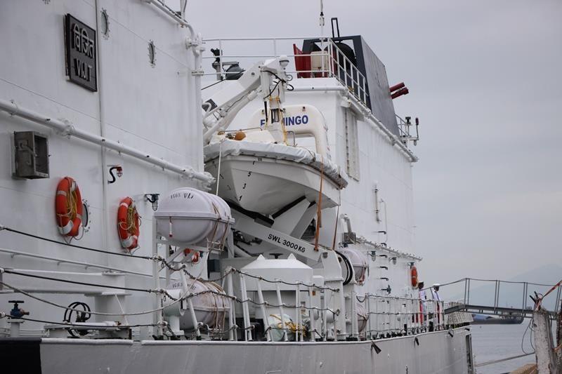 Tàu lực lượng bảo vệ bờ biển Ấn Độ cập cảng Đà Nẵng - ảnh 8