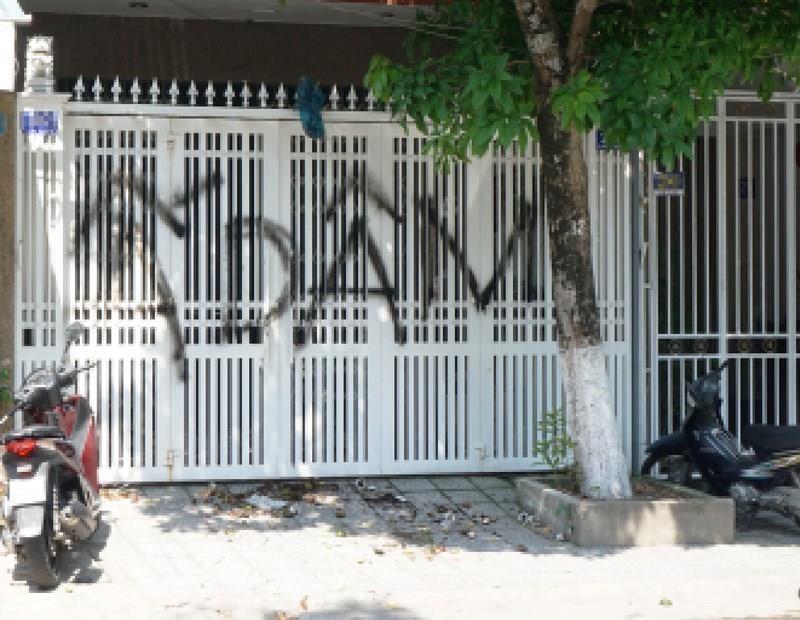 Chủ tịch Đà Nẵng lên tiếng vụ nhà cựu Viện phó VKS bị bôi bẩn  - ảnh 2