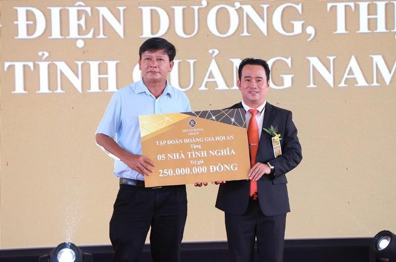 Hoa hậu Tiểu Vy rạng ngời trong lễ khởi công resort 1.900 tỉ  - ảnh 6
