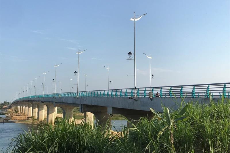 Quảng Ngãi khởi công, khánh thành hàng loạt dự án trọng điểm - ảnh 1