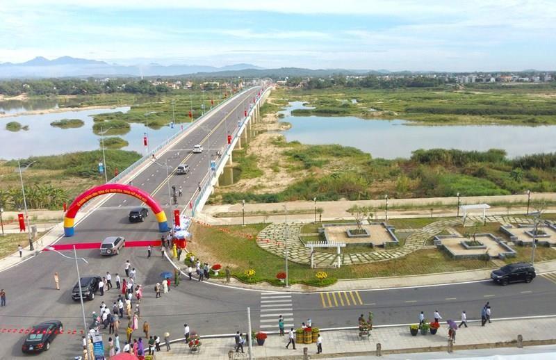 Quảng Ngãi khánh thành cầu mới gần 650 tỉ qua sông Trà Khúc - ảnh 1