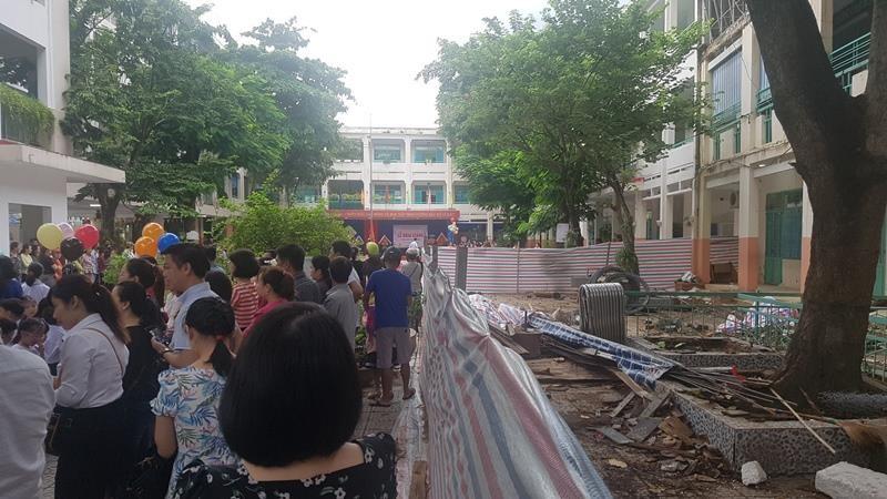 Đà Nẵng khai giảng năm học mới, nhiều trường vẫn ngổn ngang - ảnh 3