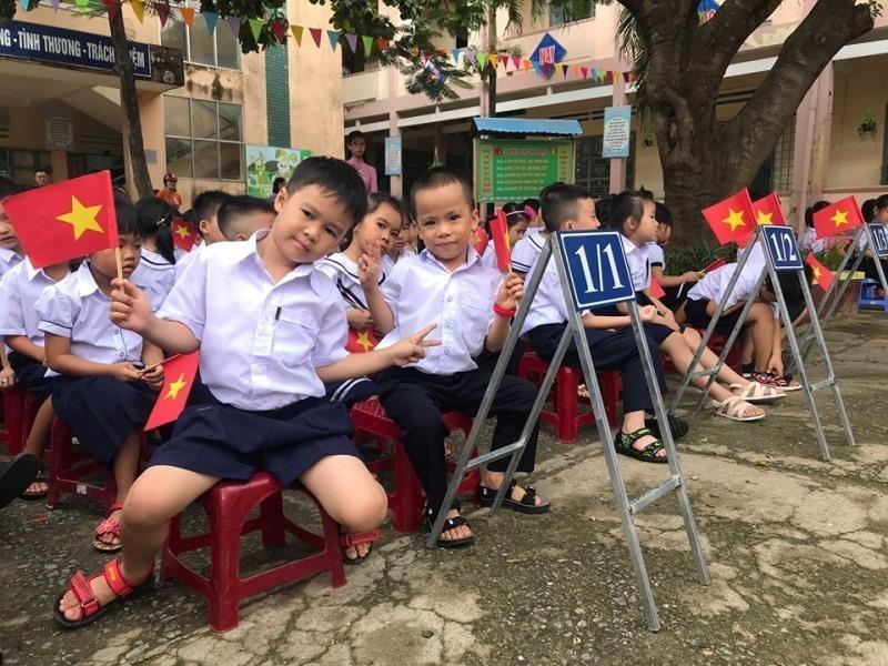 Đà Nẵng khai giảng năm học mới, nhiều trường vẫn ngổn ngang - ảnh 1