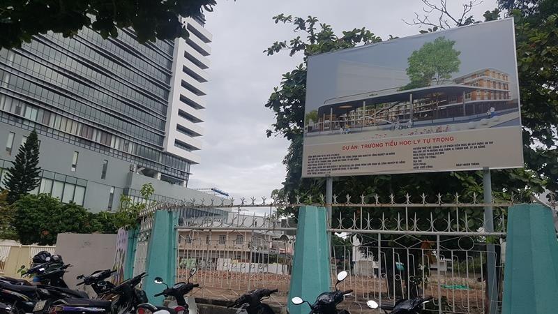 Đà Nẵng khai giảng năm học mới, nhiều trường vẫn ngổn ngang - ảnh 4