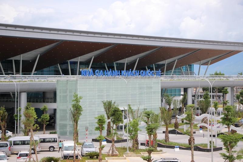 Máy bay Vietnam Airlines 2 lần hạ cánh xuống Đà Nẵng bất thành - ảnh 1