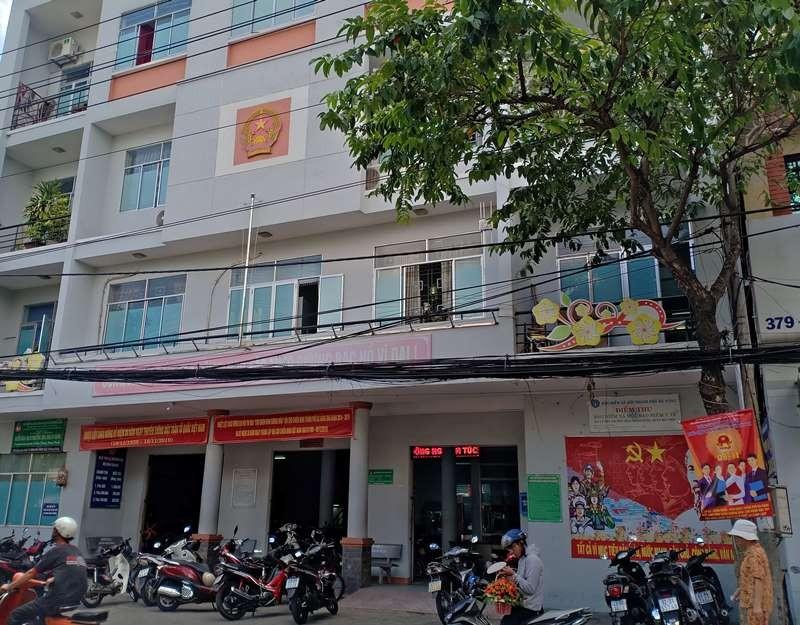 Kiểm điểm 1 cán bộ ở Đà Nẵng vì nạt dân - ảnh 1