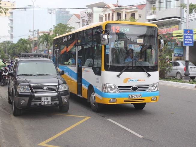 Xe buýt trợ giá Đà Nẵng chạy khác giờ trong 3 ngày tết - ảnh 1