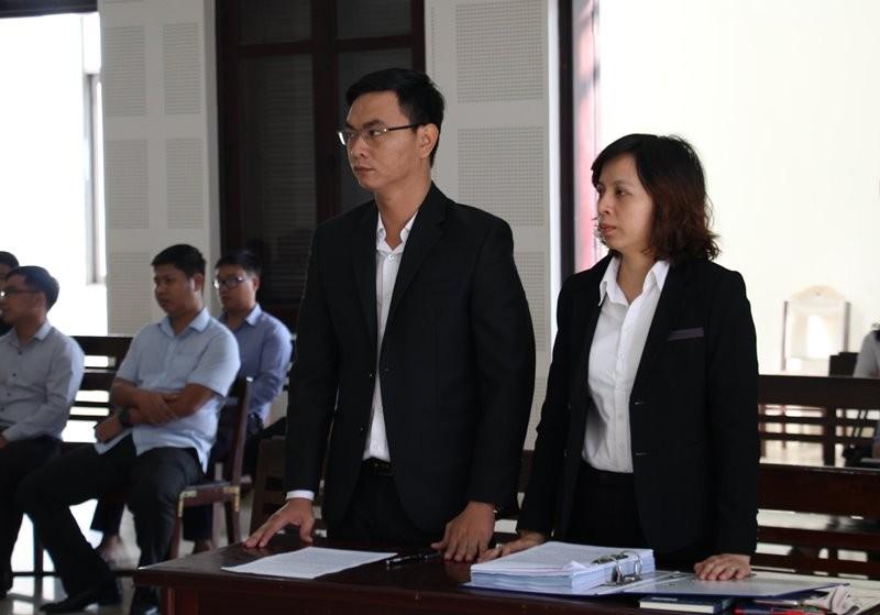 Tòa lại hoãn xử để Dana Ý và Đà Nẵng tiếp tục đối thoại - ảnh 2