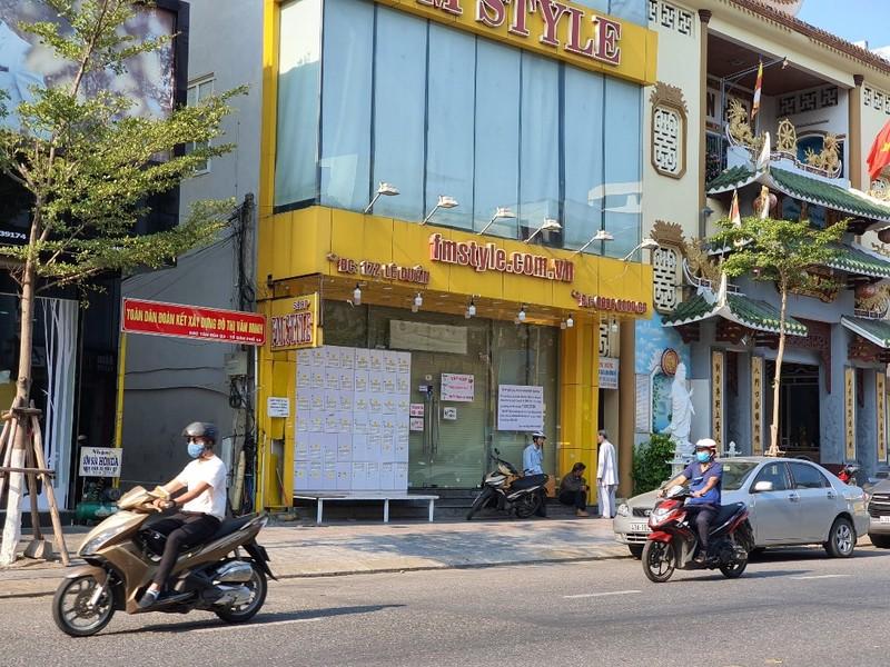 Nhiều cửa hàng tại Đà Nẵng đóng cửa, trả mặt bằng vì COVID-19 - ảnh 2