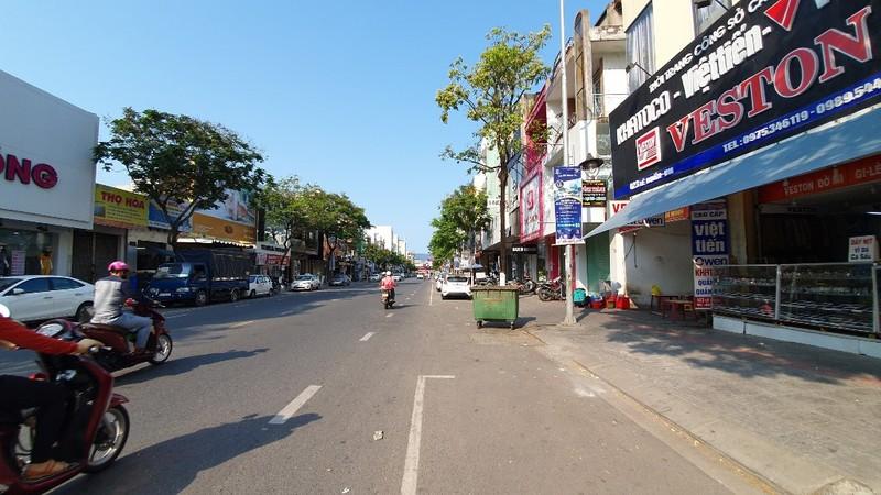 Nhiều cửa hàng tại Đà Nẵng đóng cửa, trả mặt bằng vì COVID-19 - ảnh 1